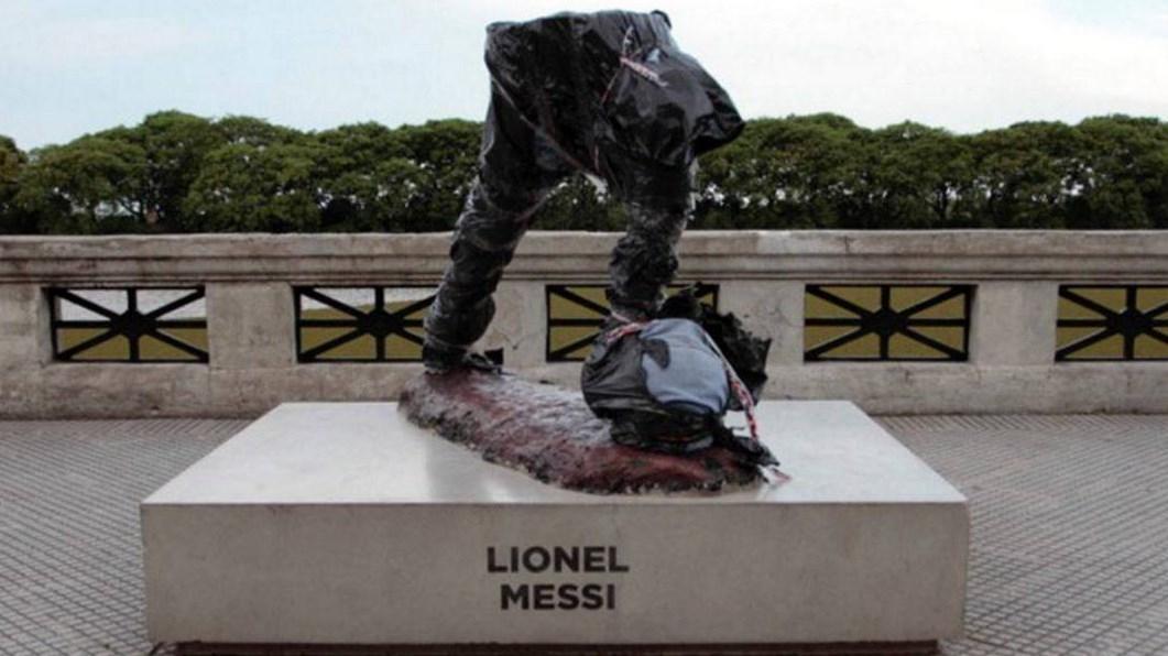 большинстве памятник месси в аргентине фото соединении одним контактов